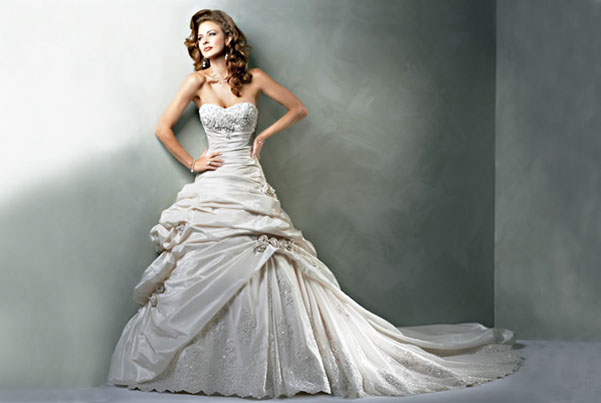 Touch Of Class Alterations Phoenix - Wedding Gown & Bridesmaid Dress Alterations Tailor & Seamstress Phoenix